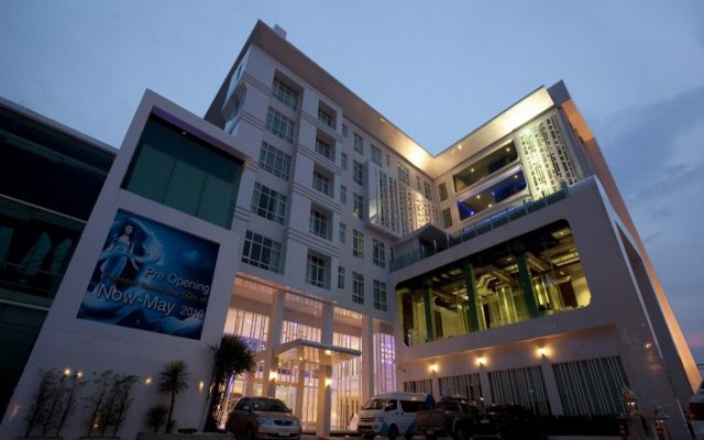 Glacier Hotel Khon Kaen вид на фасад