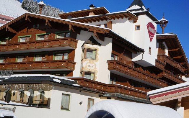 Alpenbad Hotel Hohenhaus вид на фасад