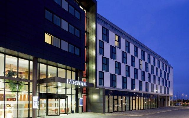Отель Novotel Edinburgh Park Великобритания, Эдинбург - 1 отзыв об отеле, цены и фото номеров - забронировать отель Novotel Edinburgh Park онлайн вид на фасад