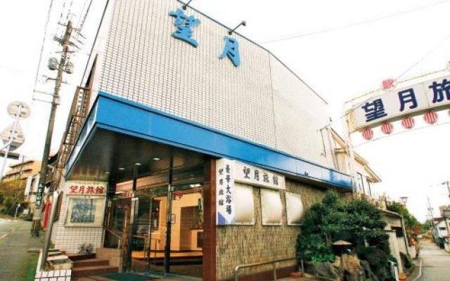 Отель Mochiduki Ryokan Минамиогуни вид на фасад