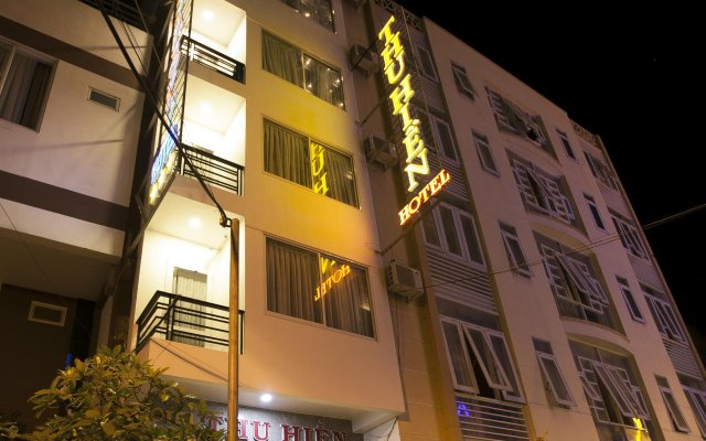 Thu Hien Hotel Нячанг вид на фасад