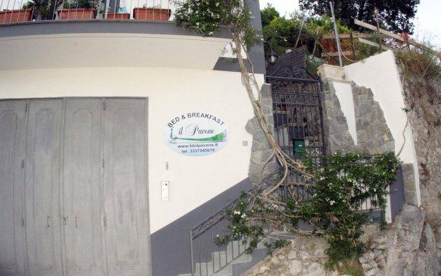 Отель B&B Il Pavone Конка деи Марини вид на фасад