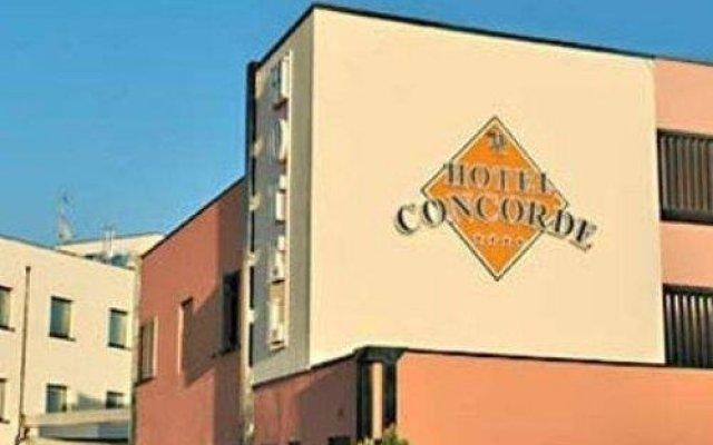 Hotel Concorde Озимо вид на фасад