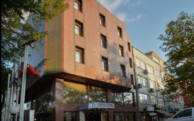 Yavuz Hotel вид на фасад