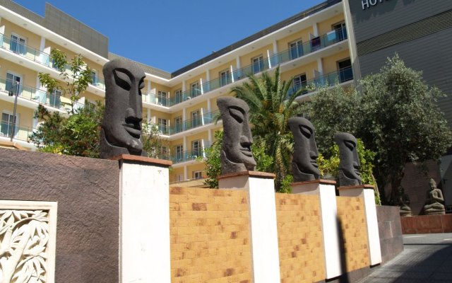 Отель la Palmera & Spa Испания, Льорет-де-Мар - 8 отзывов об отеле, цены и фото номеров - забронировать отель la Palmera & Spa онлайн вид на фасад