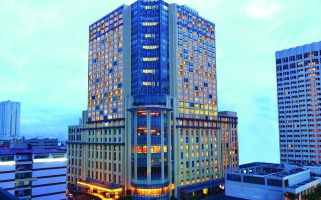 Отель New Coast Hotel Manila Филиппины, Манила - отзывы, цены и фото номеров - забронировать отель New Coast Hotel Manila онлайн вид на фасад