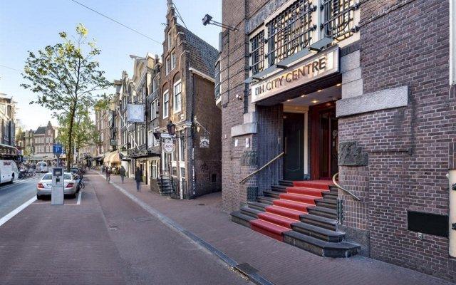 Отель NH City Centre Amsterdam вид на фасад