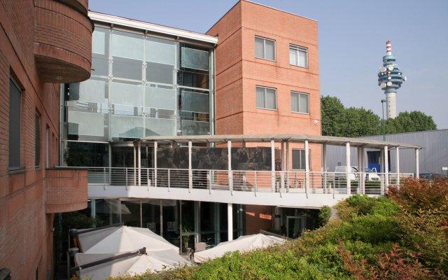 Hotel Studios вид на фасад