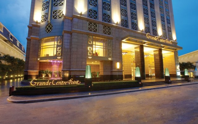 Grande Centre Point Hotel Ratchadamri вид на фасад