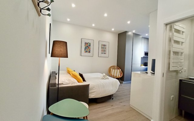 Brand New 1 Bedroom Fully Refurbished 1