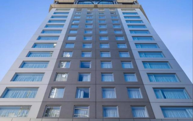 Bolton Hotel вид на фасад