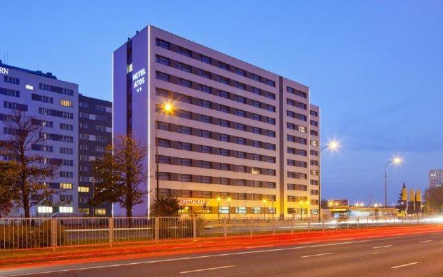 Отель Start Hotel Atos Польша, Варшава - 11 отзывов об отеле, цены и фото номеров - забронировать отель Start Hotel Atos онлайн вид на фасад