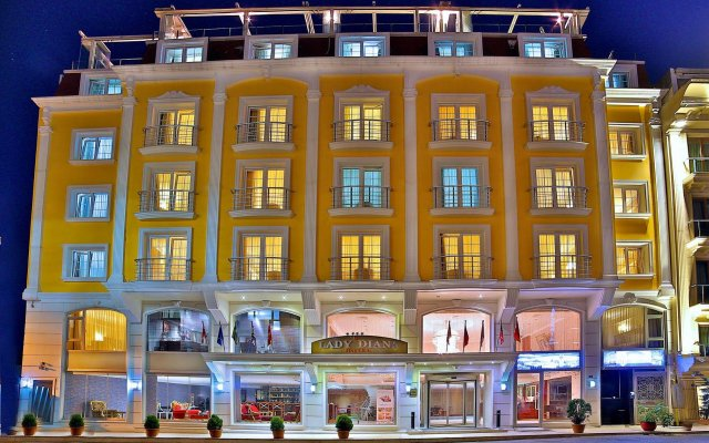 Lady Diana Hotel вид на фасад