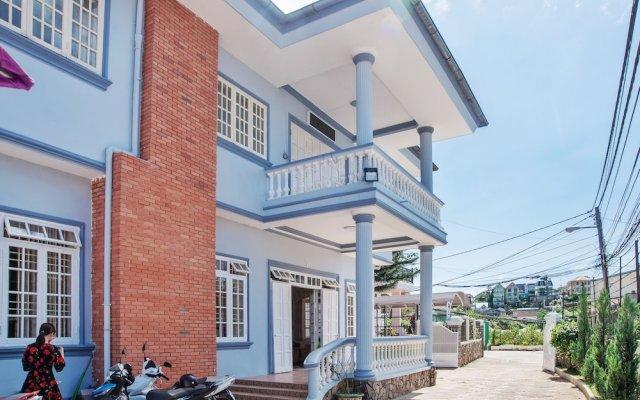 Отель Villa Da Lat Xua Далат