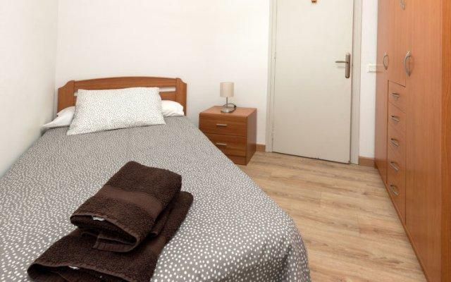 Отель Eixample Esquerre RocafortDiputació комната для гостей