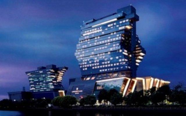 Отель Langham Place, Guangzhou вид на фасад