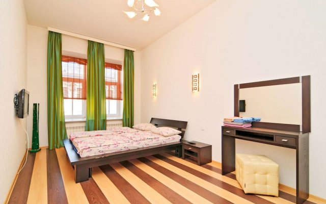 Гостиница Feelathome on Lower Nevsky вид на фасад