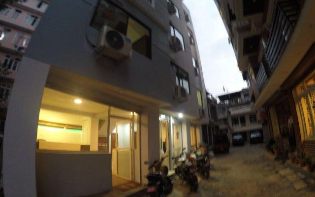 Отель Bodhi Tree Hostel Непал, Катманду - отзывы, цены и фото номеров - забронировать отель Bodhi Tree Hostel онлайн вид на фасад