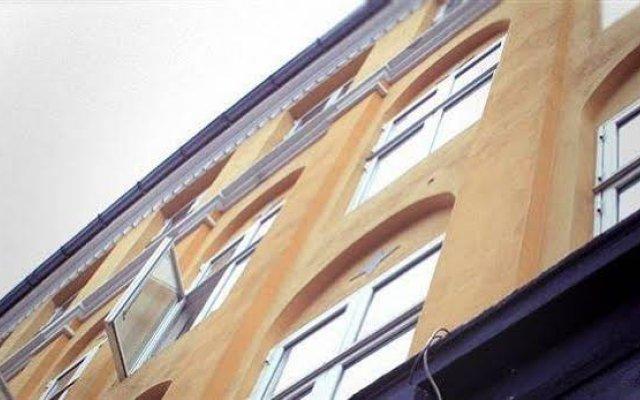 Hotel Viktoria вид на фасад