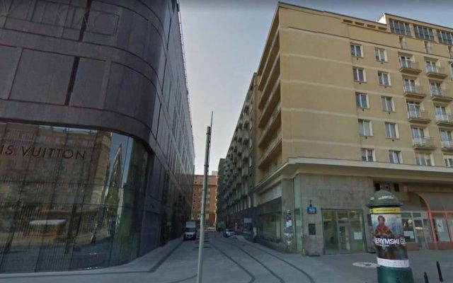 Отель P&o Galeria Bracka Варшава вид на фасад