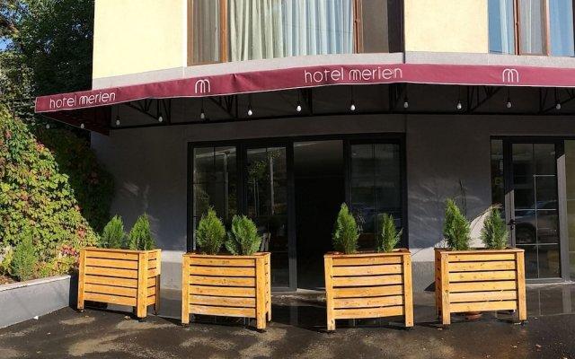 Hotel Merien Ереван вид на фасад