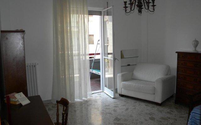 Отель Barium Guest House Бари комната для гостей