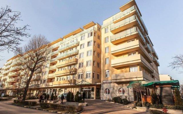 Апартаменты Premium Apartment House вид на фасад