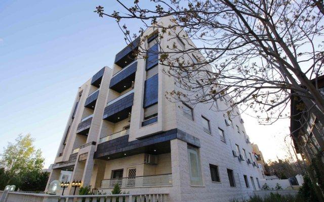 Отель Aqarco Shmaisani Apartment Иордания, Амман - отзывы, цены и фото номеров - забронировать отель Aqarco Shmaisani Apartment онлайн вид на фасад