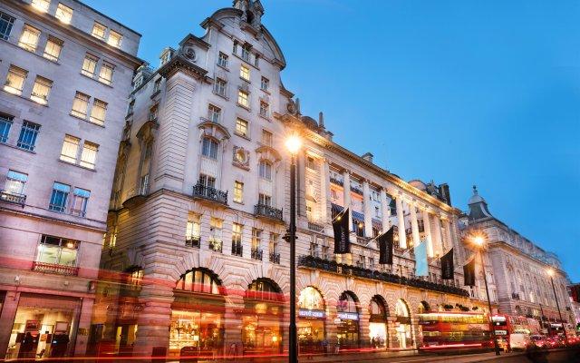 Отель Le Meridien Piccadilly вид на фасад