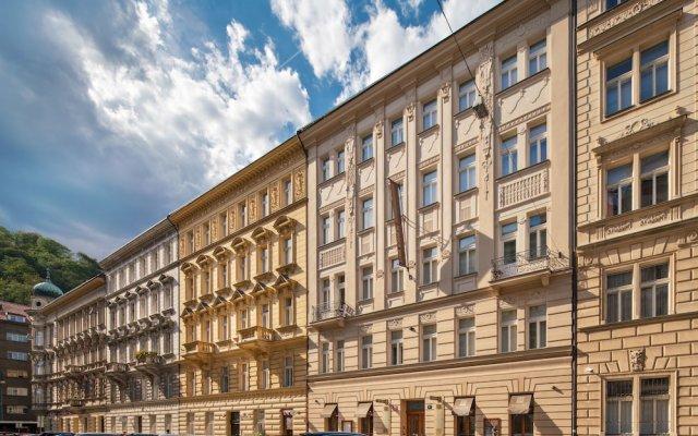 Отель Hunger Wall Residence Чехия, Прага - отзывы, цены и фото номеров - забронировать отель Hunger Wall Residence онлайн вид на фасад