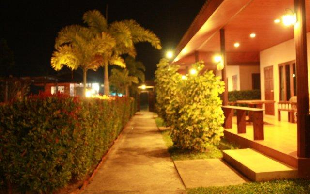Отель Waterside Resort вид на фасад