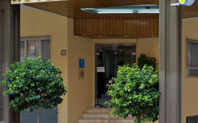 Отель Port Fleming Испания, Бенидорм - 2 отзыва об отеле, цены и фото номеров - забронировать отель Port Fleming онлайн вид на фасад