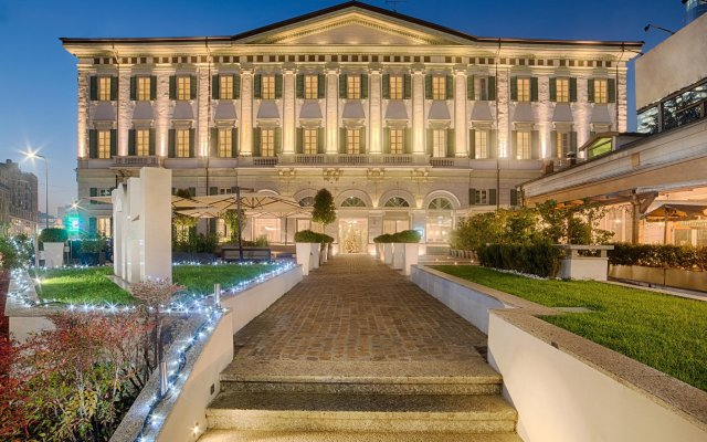 Отель NH Milano Palazzo Moscova Италия, Милан - отзывы, цены и фото номеров - забронировать отель NH Milano Palazzo Moscova онлайн вид на фасад