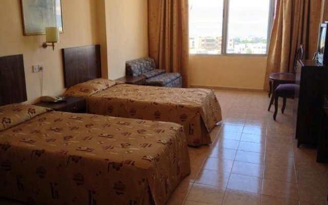 Отель Aquamarina III комната для гостей
