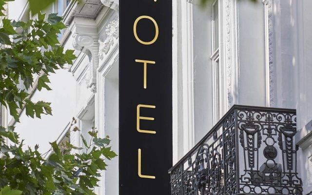 Отель The Augustin вид на фасад