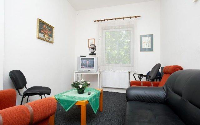 Abex Hostel комната для гостей