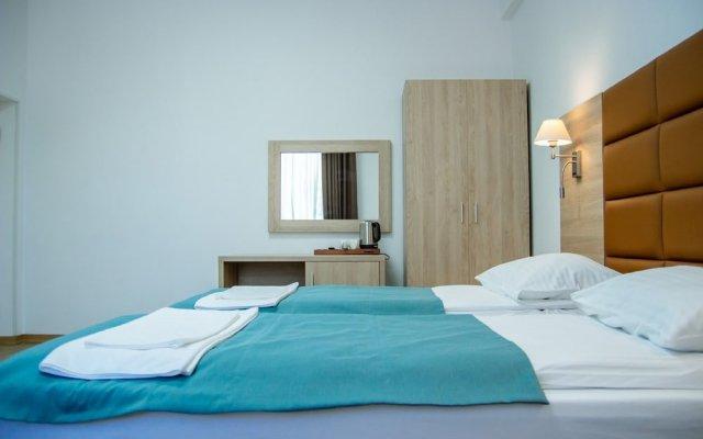 Гостиница Altaroom в Домбае 1 отзыв об отеле, цены и фото номеров - забронировать гостиницу Altaroom онлайн Домбай комната для гостей