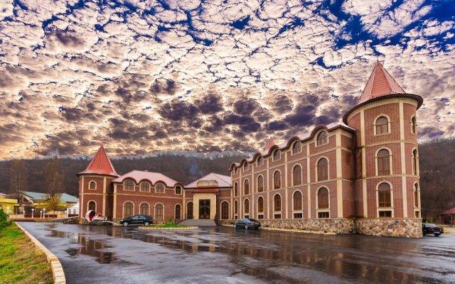 Отель Chateau Qusar Азербайджан, Куба - отзывы, цены и фото номеров - забронировать отель Chateau Qusar онлайн вид на фасад