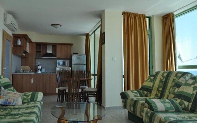 Апартаменты Kabakum Beach Apartments комната для гостей