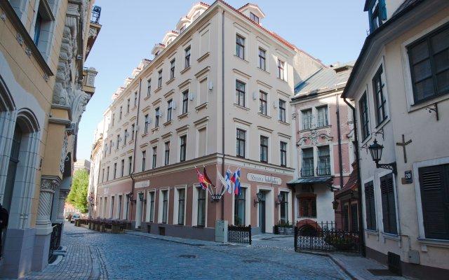 Hotel Justus вид на фасад