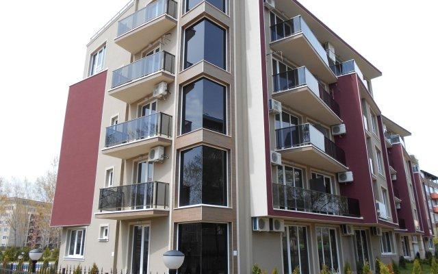 Отель Menada VIP Park Apartments Болгария, Солнечный берег - отзывы, цены и фото номеров - забронировать отель Menada VIP Park Apartments онлайн вид на фасад