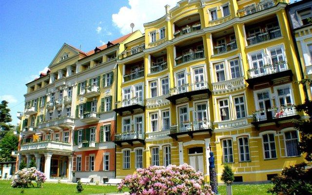 Отель Pawlik Чехия, Франтишкови-Лазне - отзывы, цены и фото номеров - забронировать отель Pawlik онлайн вид на фасад