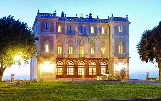 Отель Parkhotel Villa Grazioli Италия, Гроттаферрата - - забронировать отель Parkhotel Villa Grazioli, цены и фото номеров вид на фасад