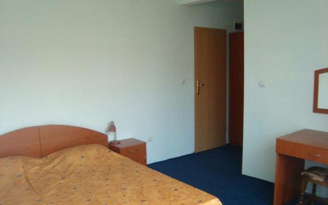 Отель Djimi Guest House комната для гостей