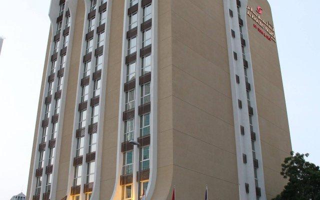 Отель Al Khaleej Plaza Дубай вид на фасад