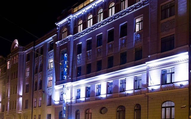 City Hotel Teater вид на фасад