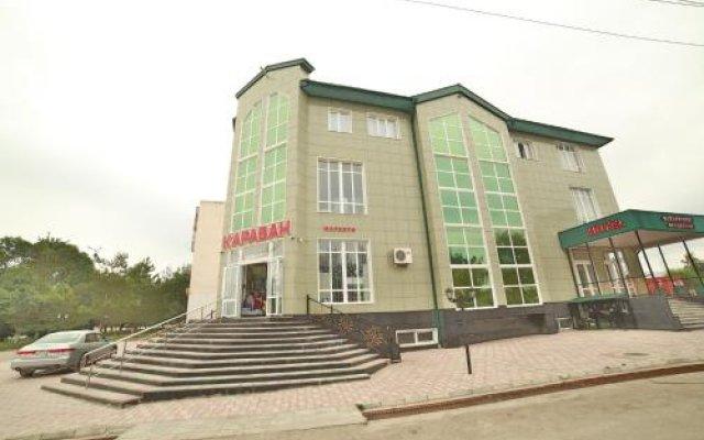 Отель Караван Кыргызстан, Каракол - отзывы, цены и фото номеров - забронировать отель Караван онлайн вид на фасад