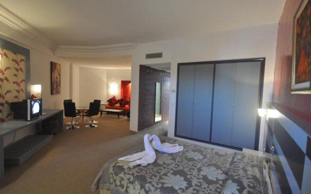 Chiraz Thalasso Hotel Монастир комната для гостей