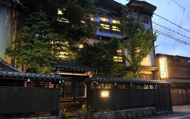 Отель Hodakaso Yamano Iori Япония, Такаяма - отзывы, цены и фото номеров - забронировать отель Hodakaso Yamano Iori онлайн вид на фасад