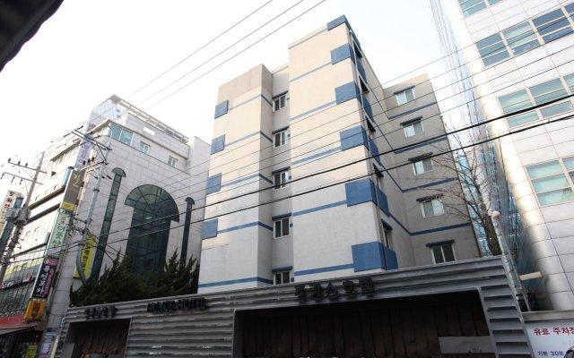 Prince Hotel вид на фасад